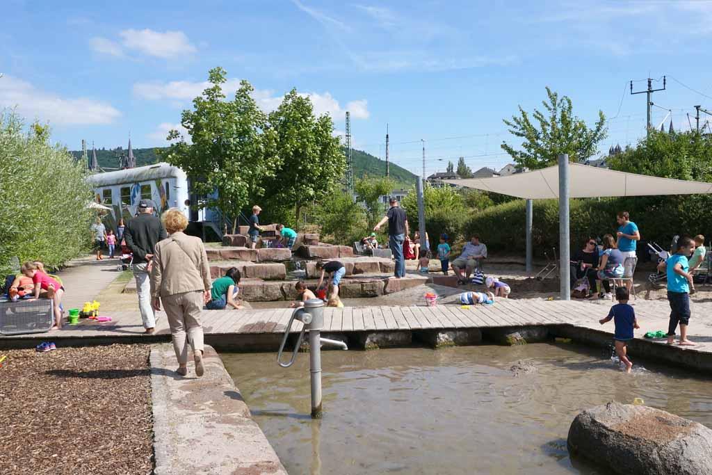 Wasserspielplatz im Park am Mäuseturm 2