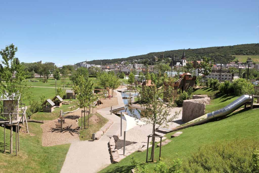 Wasserspielplatz im Park am Mäuseturm 5